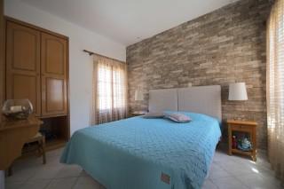 accommodation amphitrite apartment double bedroom