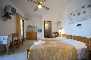 accommodation amphitrite studios
