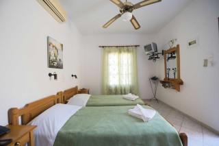 accommodation amphitrite studios bedrooms