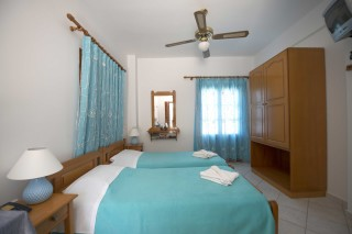 accommodation amphitrite studios single beds